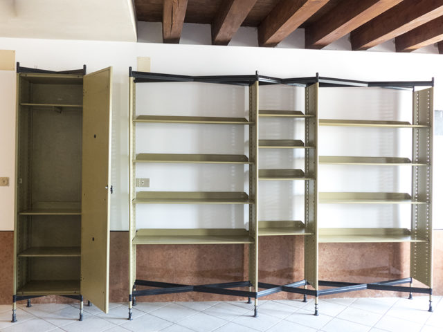Spazio shelving system for Olivetti Synthesis