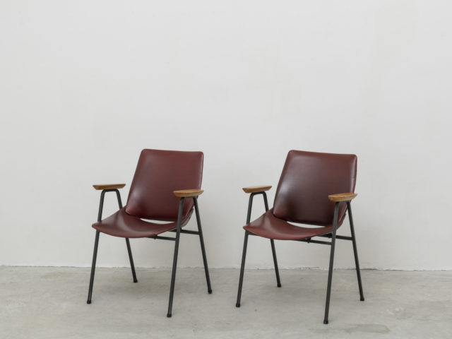 Pair of Lupina armchairs for Stol Kamnik