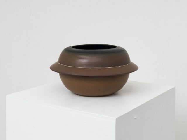 Serie C stoneware centerpiece for Laboratorio Pesaro