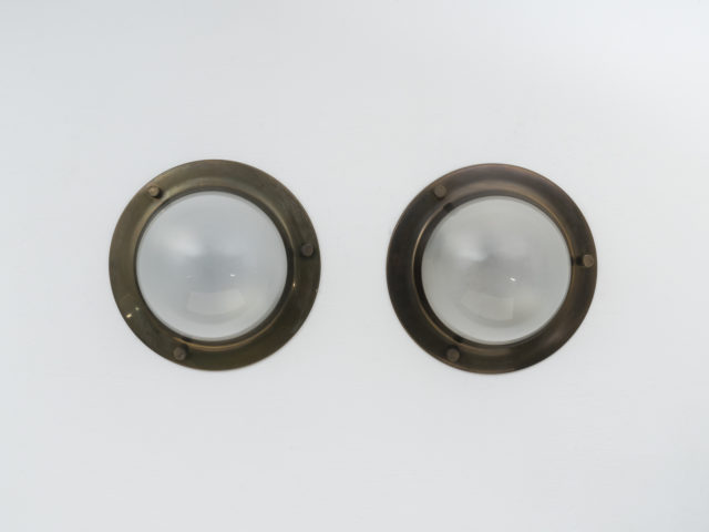 "Pair of brushed brass mod. LSP 6 ""Tommy"" ceiling or wall lamps for Azucena"