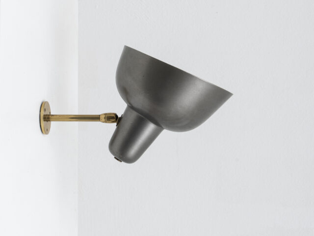 LP3 directable wall lamp for Azucena