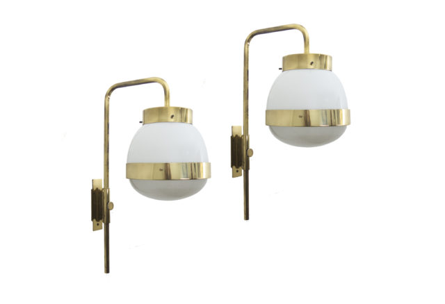 "Set of 2 ""Delta"" early wall lights for Artemide"