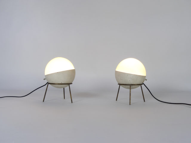 Pair of tripod table lamps