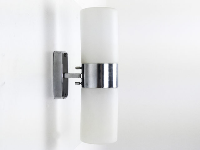 Mod. 2143 triplex opal wall light