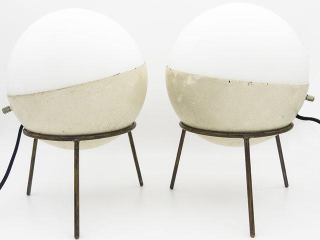 Set of 2 tripod table lamps